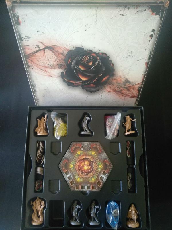Black_Rose_Wars_Jeux_de_societe_Ludovox (1)