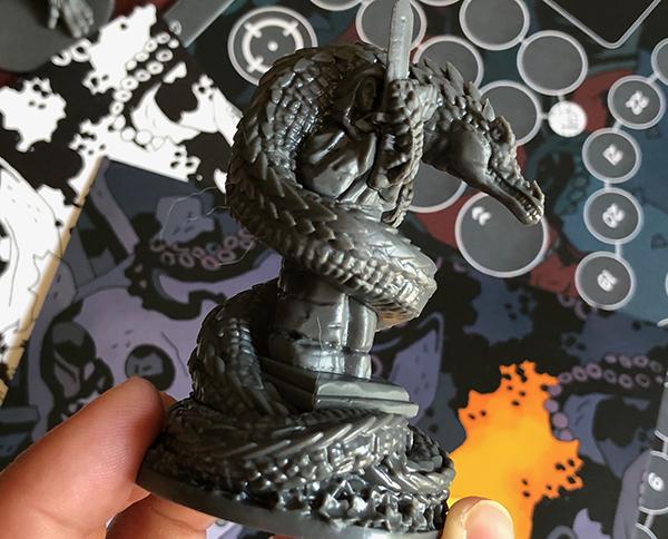 Hellboy-jeu-de-societe-figurine