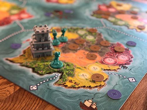 Heroes-of-Land,-Air-&-Sea-plateau