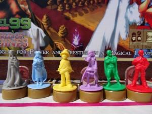 Figurines en gros plan de Argent the consortium