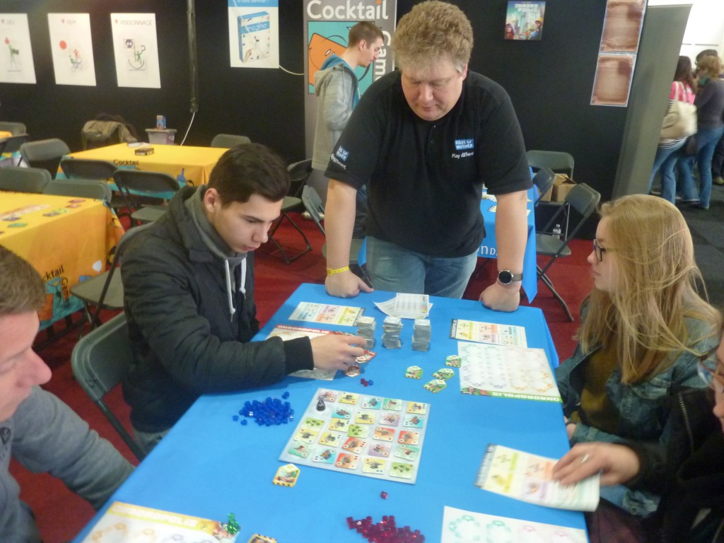 YouPlay 2016 - Quadropolis